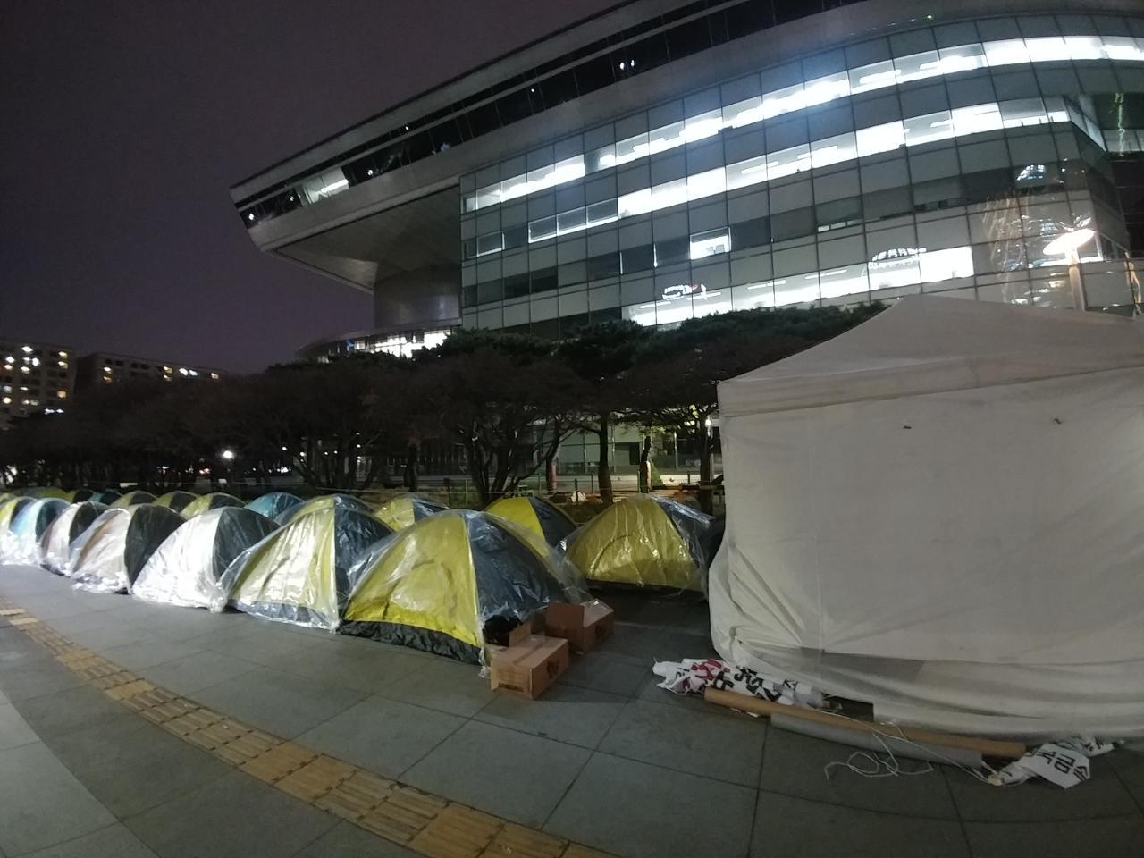 20일노숙투쟁 (2).JPG